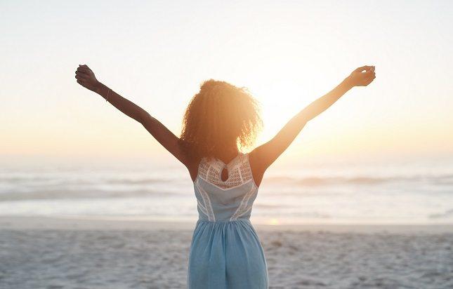 Más que un estado de ánimo, la felicidad es un estado de bienestar