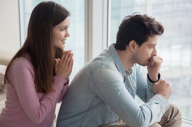 Perdonarse puede parecer un proceso ambiguo, pero algunos pasos concretos pueden ayudar
