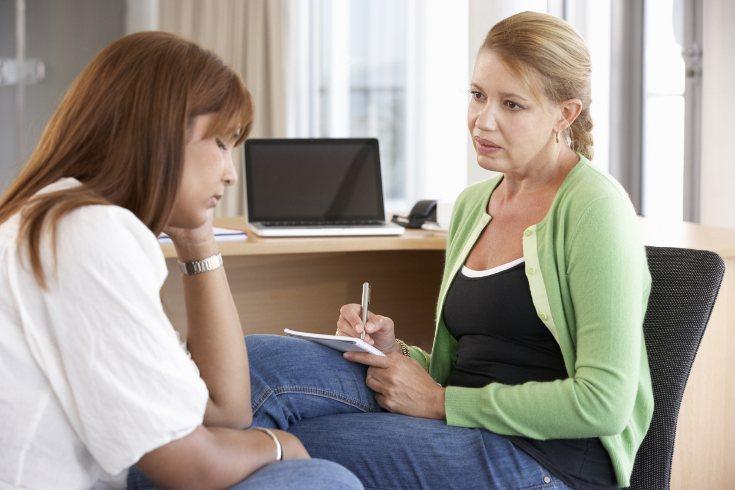 Busca asesoramiento en asociaciones de mujeres maltratadas para que te ayuden