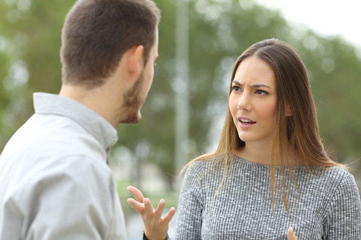 La ira no se debe reprimir, pero sí liberar de manera asertiva, sin agredir a la otra persona