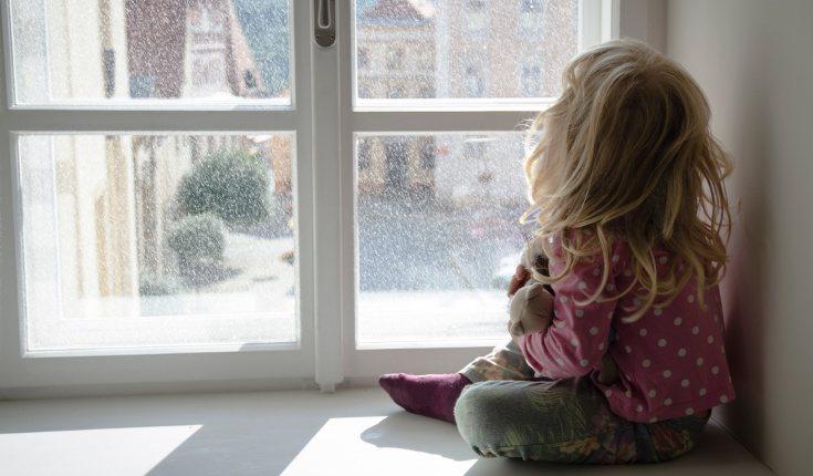 El abandono en la infancia o el miedo a ser abandonado es uno de los factores que se asocian al TLM