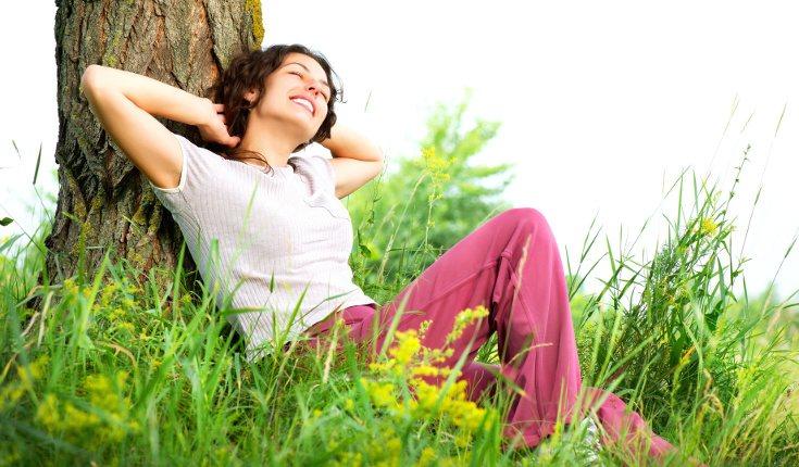 Aprovecha momentos cotidianos de tu vida, como comer, para relajarte