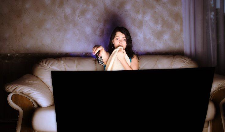 El miedo a la oscuridad en adultos puede venir de una experiencia desagradable en el pasado