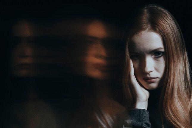 La paranoia es un síntoma que puede ser parte de varias afecciones