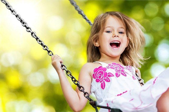 Los niños que se llevan bien con otros niños de su edad