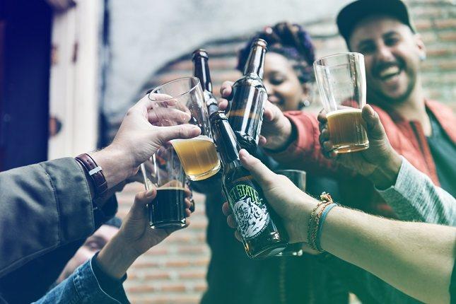 Los alcohólicos generalmente pasan por algunas etapas antes de estar listos para hacer un cambio