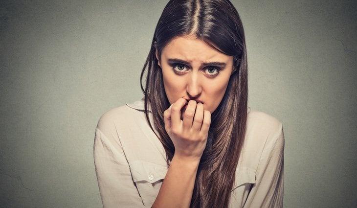Algunos de los síntomas más comunes son la ansiedad