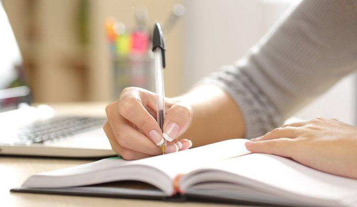 Se hará uso del cuaderno y el bolígrafo para anotar las respuesta