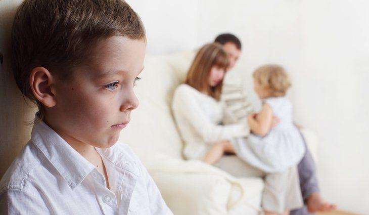 La envidia es muy común en hijos únicos que tienen un nuevo hermano