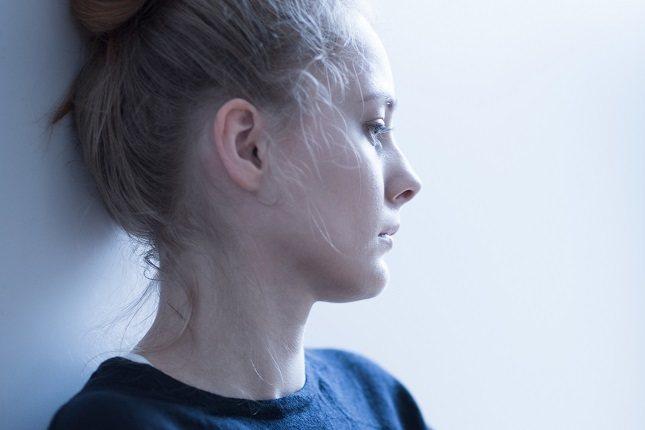 La anorexia emocional significa que estás viviendo en un modo de hambre emocional