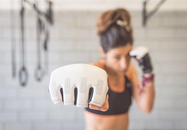 Golpearlo ayuda a aliviar la tensión muscular que puede acumularse cuando experimentas estrés
