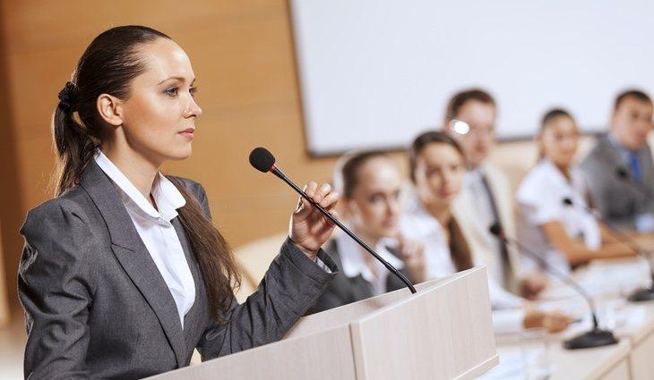 Antes de aprender a hablar en público hay que averiguar la causa