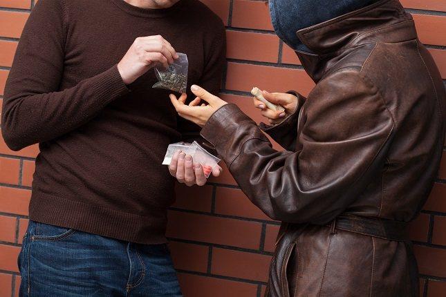 Personas con problemas de salud mental como la depresión también abusan de las drogas