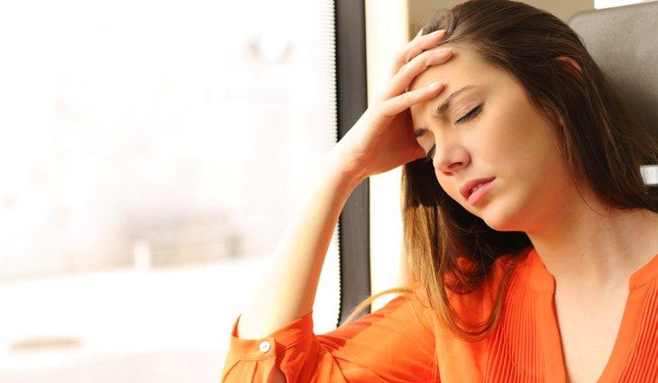 Algunos de los síntomas que produce la hormona del estrés son los mareos y temblores