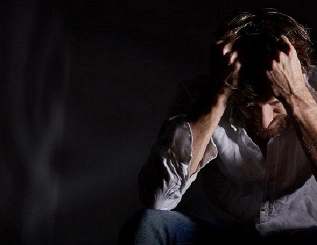 Buscar ayuda de profesionales como un terapeuta puede ayudar a identificar el abuso
