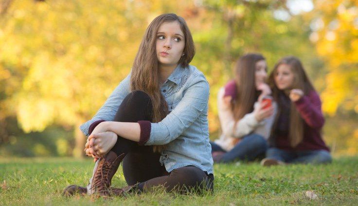 Las personas introvertidas buscan que sus actitudes sean lo menos llamativas