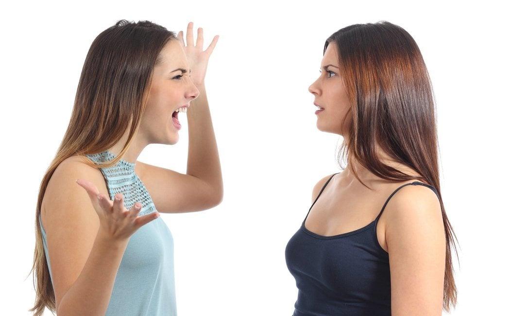 Cómo hacer frente a una persona hostil