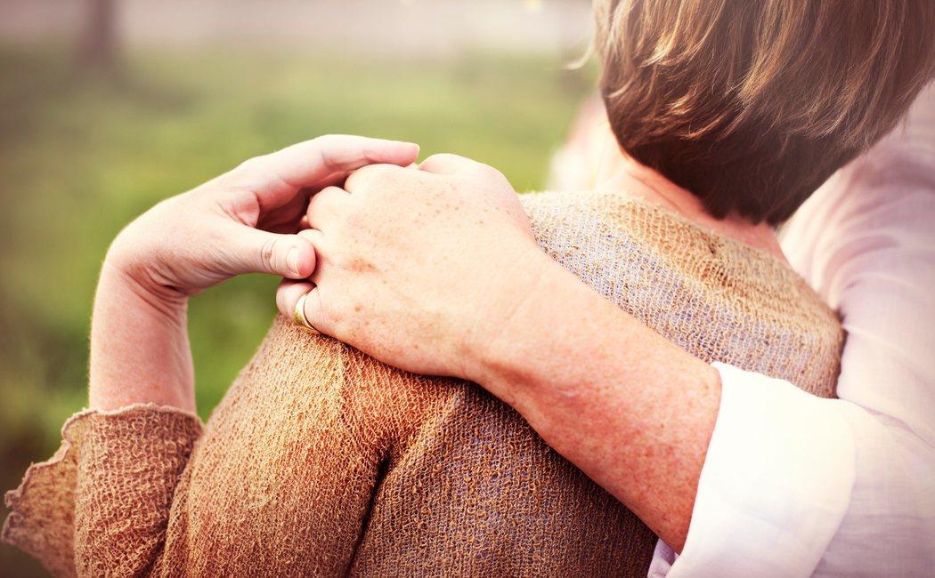 Invierte en tus relaciones sociales para encontrar la felicidad