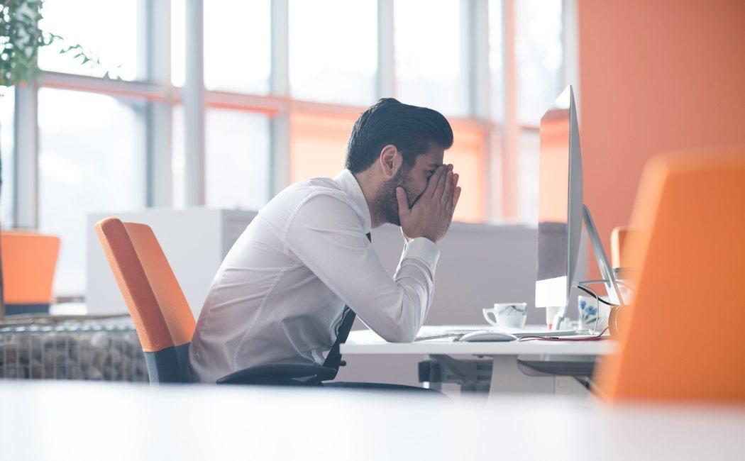 Cómo trabajar si estás sufriendo por la muerte de un ser querido