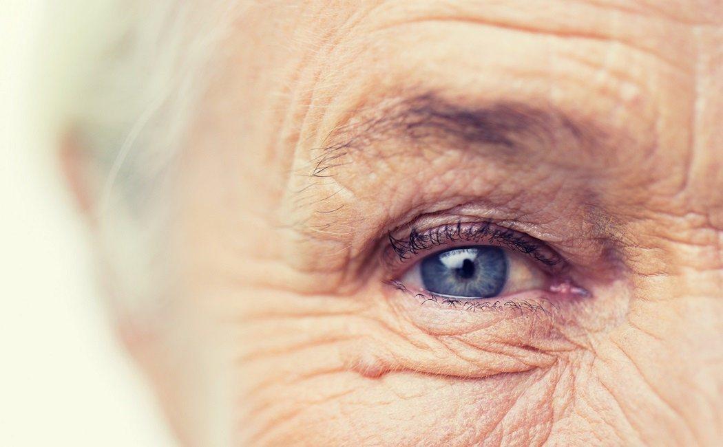 Cómo afecta el edadismo a las personas mayores