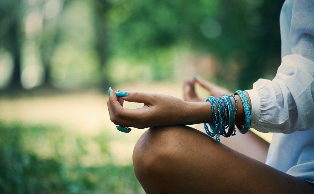 Descubre como la meditación te puede hacer ser más agradable con los demás