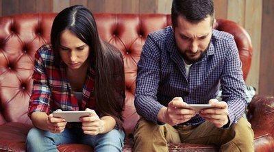 Cómo saber si pasas demasiado tiempo mirando el móvil